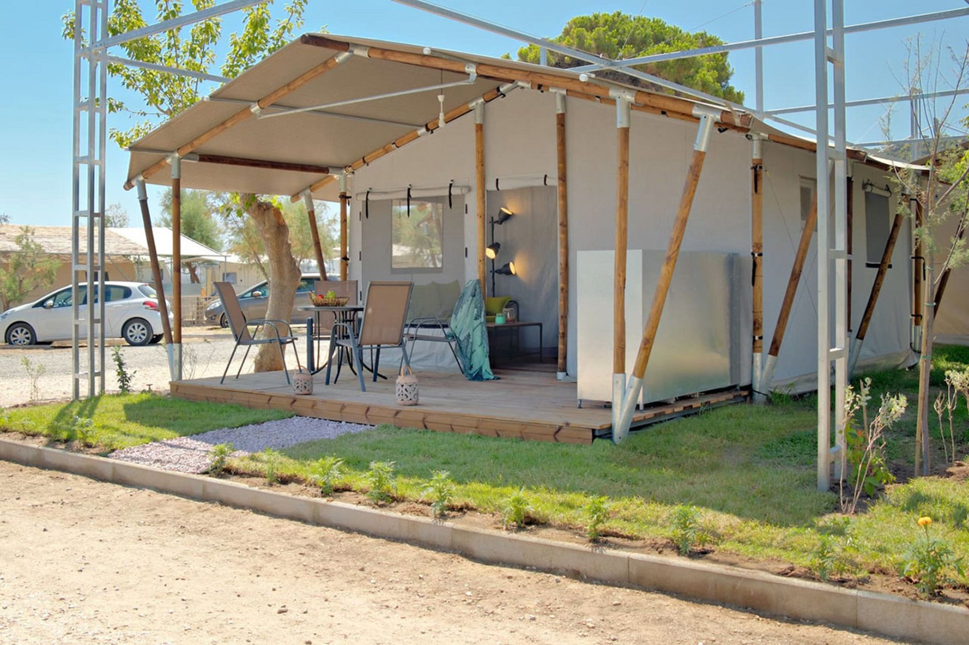 Armenistis Camping and Bungalows